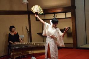 東京大神宮「イザナミ・イザナギ」